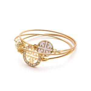 Bracelet doré entrelacé