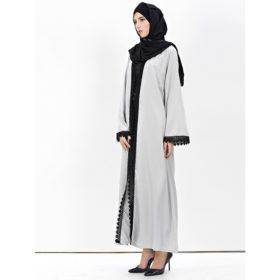 Abaya-Moderne-Grise-Dentelle-noire-profil