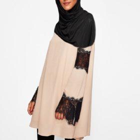 vetement-femme-musulmane-tunique-dentelle-rose-profil