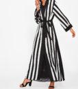 abaya-rayée-noir-et-blanc-profil