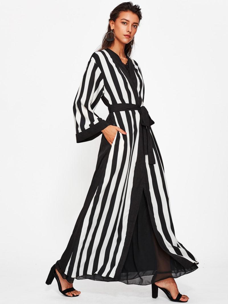 Abaya pas cher rayée noir et blanc